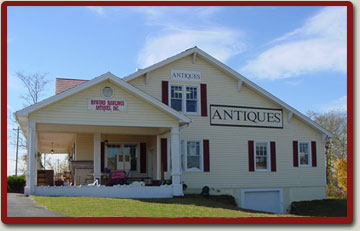 Howard Rawlings Antiques, Old Hickory, TN